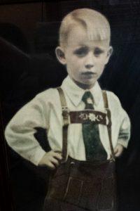 Gründer Lothar Wittig als Kind um 1940
