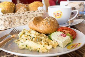 Frühstück und Snacks gibt es täglich im Café Wittig auf dem Obermarkt